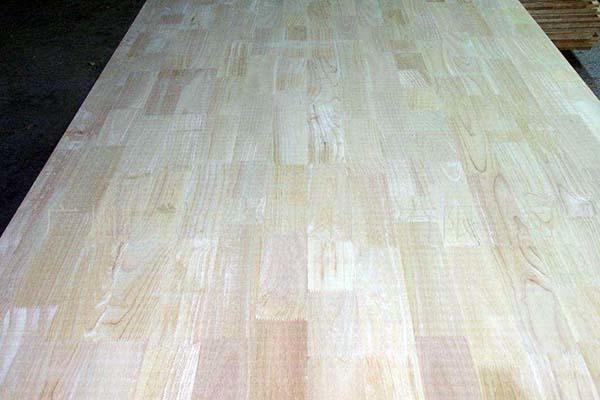 實木指接板味道太大了 實木指接板和實木多層板哪個好