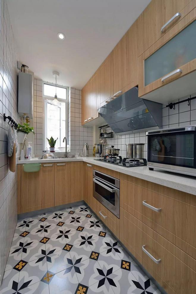 小型厨房的橱柜设计效果图