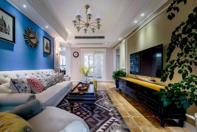 温馨多彩美式风格 青岛三居室装修效果图