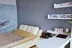 卧室该如何选择壁纸?卧室壁纸选择技巧有哪些?