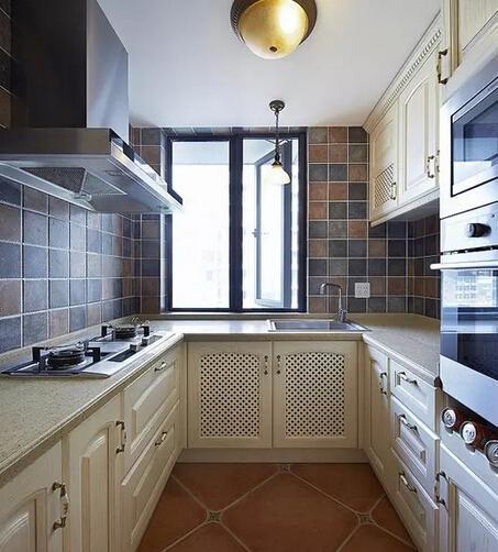 长型厨房装修设计效果图