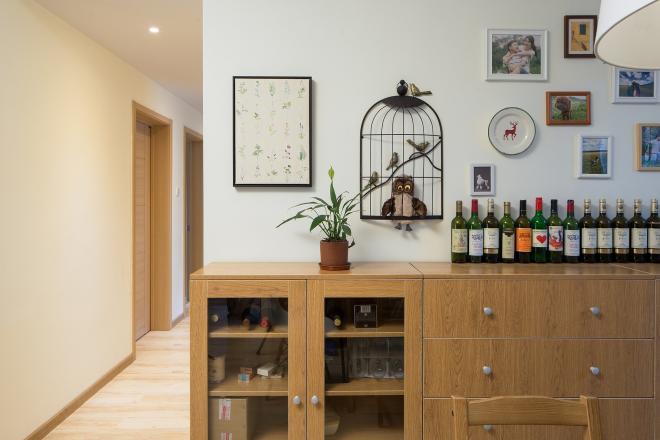 客厅酒柜造型效果图