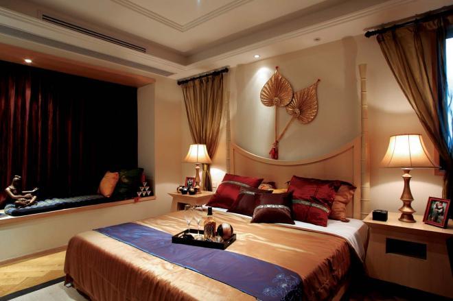 四居室东南亚风格卧室装修效果图