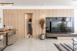 带门的电视背景墙设计 深圳装修设计效果图