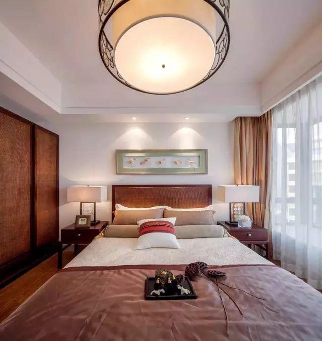 新中式风格二居室装修效果图 新中式背景墙提升整体效果