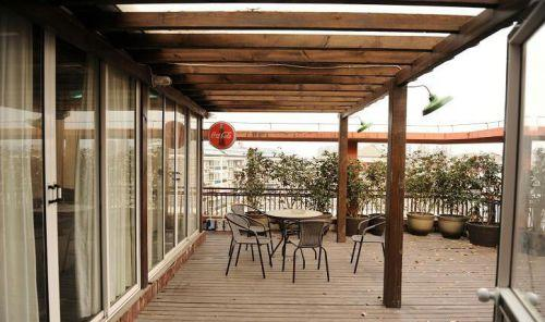 地中海阳台过道设计装修效果图