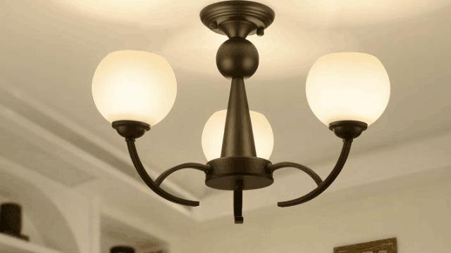 卧室灯具的种类有哪些 卧室灯具怎么选择