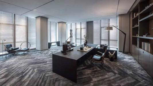 办公室装修天花板材料怎么选择既美观又便宜