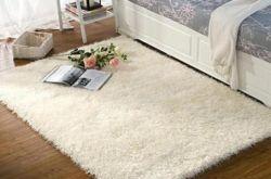 吐鲁番客厅地毯怎么清洁才会保持干净?