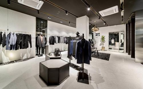 邢台男装店铺怎么装修设计更吸引顾客?