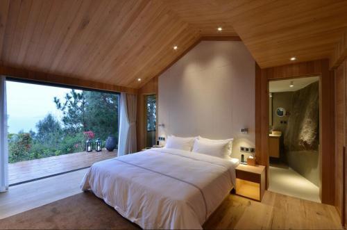 梅州酒店房间灯光设计有哪些技巧?